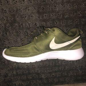 0b8fd27198c1 Nike Shoes - NIKE Army Green Roshes